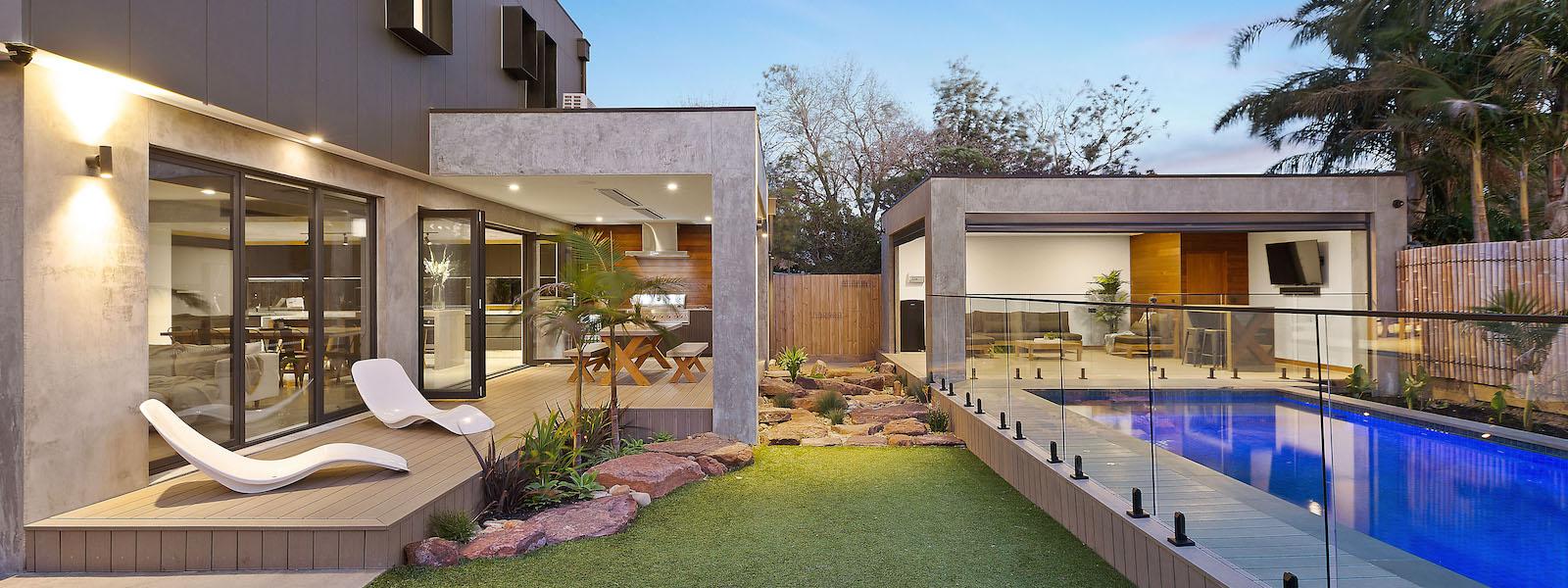 Backyard-dyson